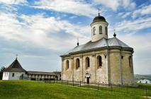 Храм Успіння Пресвятої Богородиці в с. Крилос